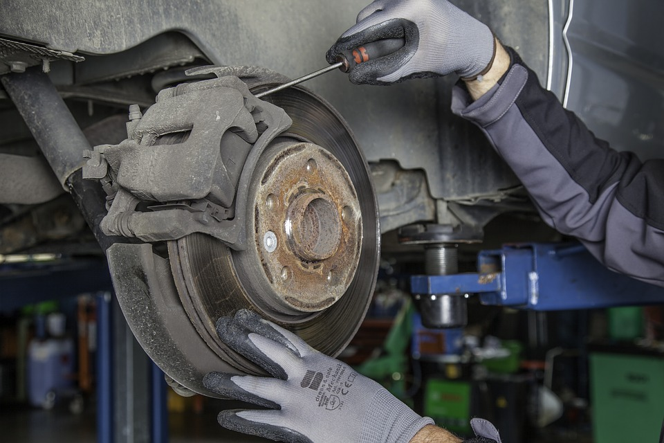 How to choose the best Auto transmission repair company?